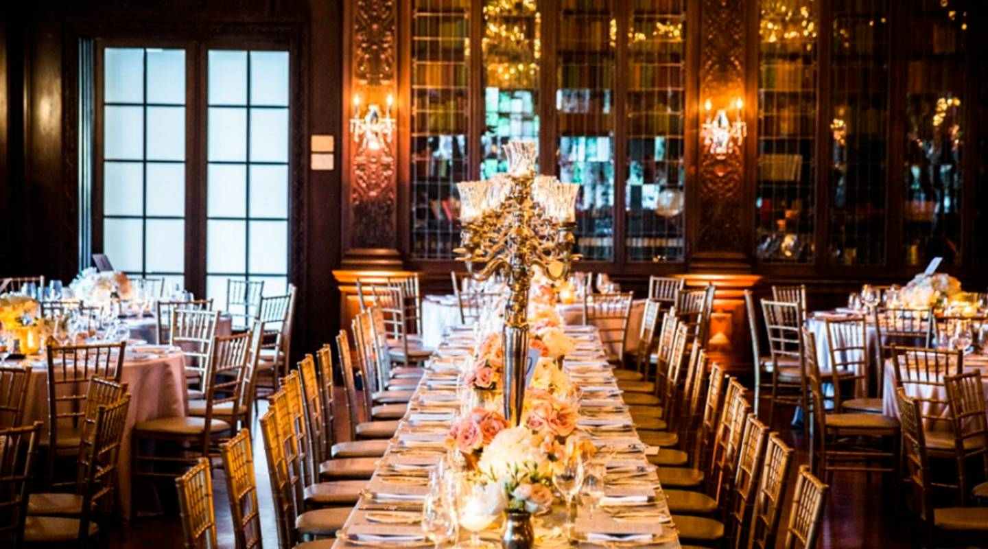 Dramatic indoor event spaces for getting gala