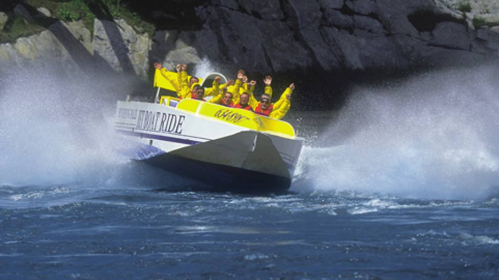A scenic cruise on the Saint John Harbour or jet boating the rapids shows off the city from a different vantage point