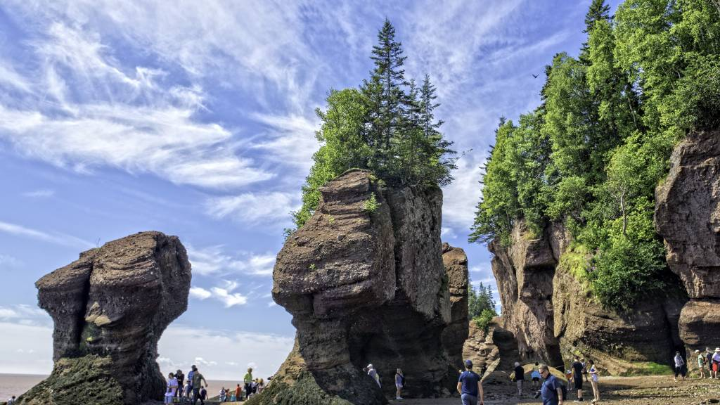 EXPLORE THE BAY OF FUNDY